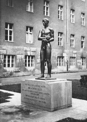 Richard Scheibe, Ehrenmal für die Opfer des 20. Juli 1944, 1952